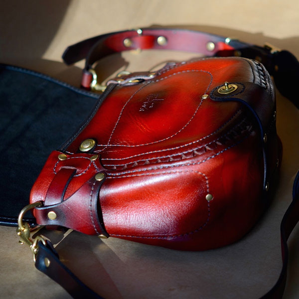 Companion Crossbody Red